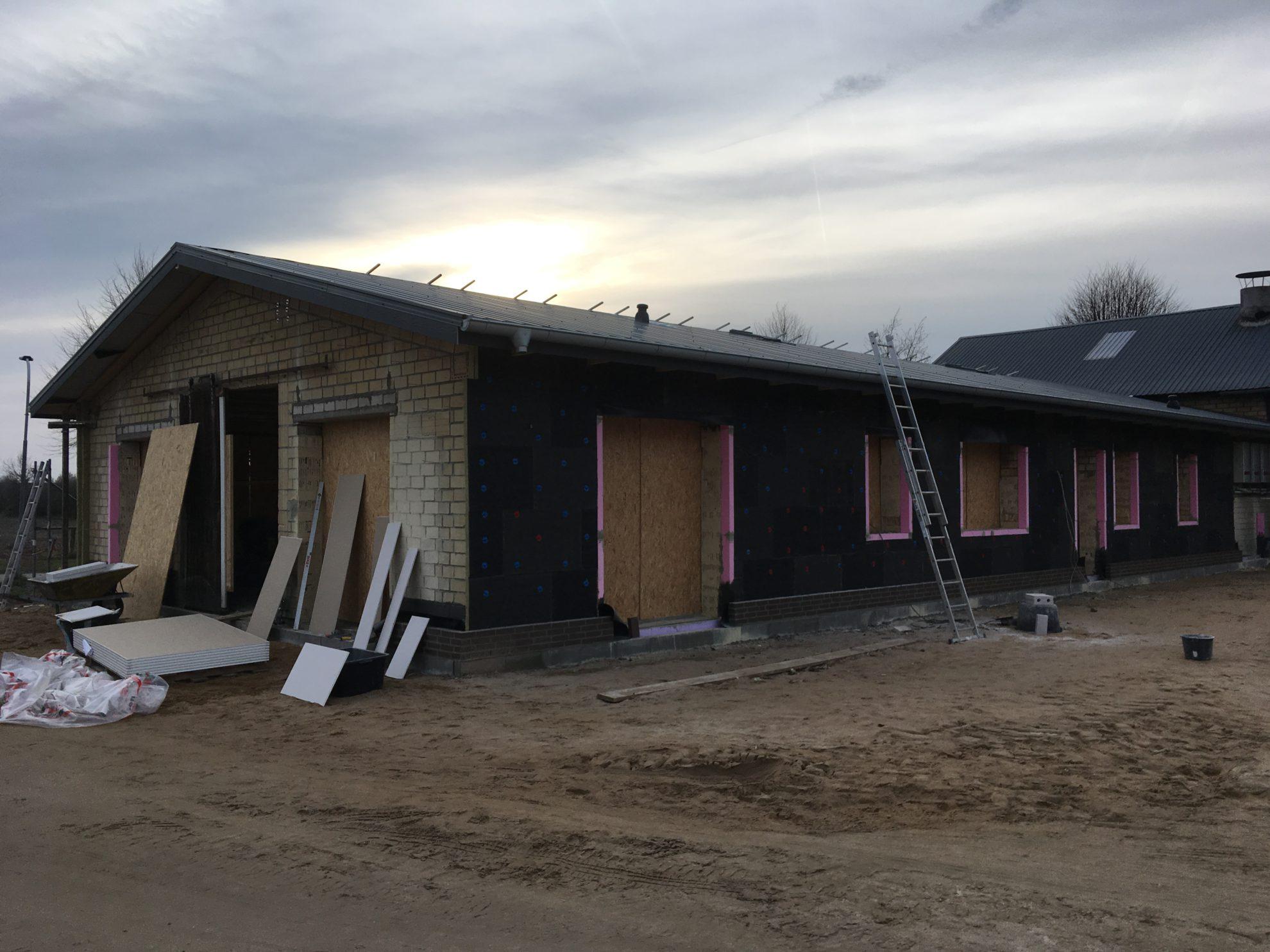 Umbau von Stallungen zu Wohnraum – Foto 3